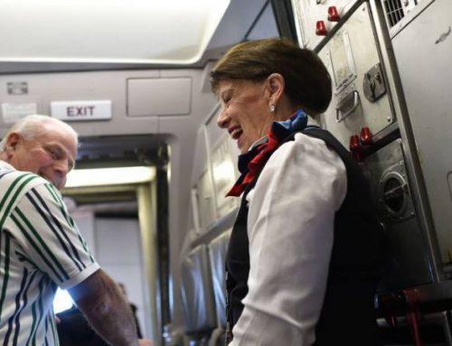 Bette Nash la sobrecargo con 60 años de servicio